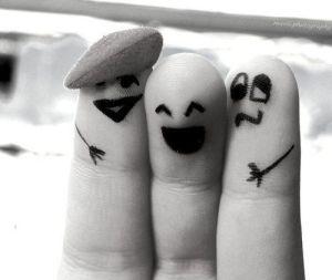 face-fingers-france-fun-Favim_com-610942